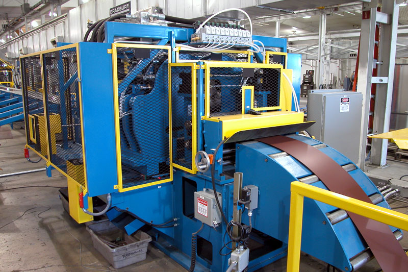 Bradbury QTR™ Purlin Rollformer with High Speed Cee Frame Punch Presses