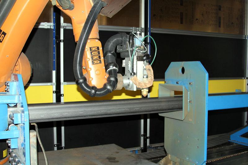 Robotic Flying Plasma Cut off
